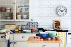 #kitchen #vintage #old #modern #homedesign #kitchendesign #colorful #yellow #white #oldtimes #fashion #decor #decoration
