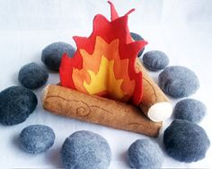 This is the SAME felt campfire I'm currently making myself except for the rocks. Maybe I'll make the rocks later on, for now I'll use my real rocks that look very similar to these. :)