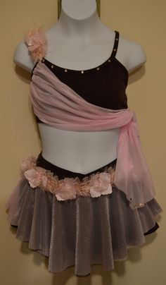 Lyrical Costume, I love the 2 color combo