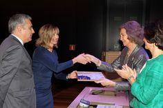 Doña Sofía entrega el Premio en la Categoría de conservación, al Plan Románico Norte en Castilla y León Museo Arqueológico Nacional. Madrid, 17.04.2015