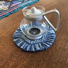 プライスプリット でコットン の6角形織(ヘキサゴン)です。大好きなブルーの糸がやっと作品になりました。 #plysplit #hexagon #handcrafted #cottonyarn #potmat…」
