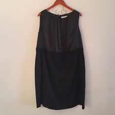 Stunning Tahari dress Worn once, in perfect condition and fits like. Dream, satin top, pencil type skirt, zip back closure Tahari Dresses