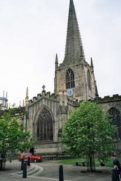 A picture of Sheffield Cathedral, Yorkshire, England. This city is also home to MF Hire, a local tool hire shop. Sheffield Home, Sheffield England, South Yorkshire, Yorkshire England, Beautiful Buildings, Beautiful Places, Pictures Of England, Cathedral Church, United Kingdom