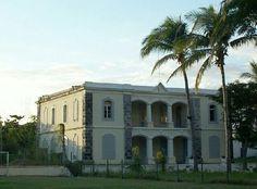 Maison Grande Cour Chaussée Royale à Saint-Paul île de La Réunion