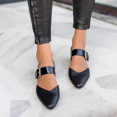 Mensootd is filled with the season's hottest trends, available in all sizes. You can buy the trendy fashion shoes, clothing and bags here. Enjoy your shopping journey now! Low Heel Shoes, Low Heels, Flat Shoes, Trendy Shoes, Cute Shoes, Casual Shoes, Fashion Heels, Party Shoes, Types Of Shoes