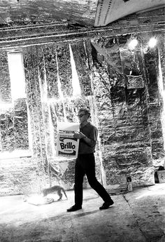 Warhol walks a Brillo box through the Silver Factory, whose design scheme was inspired by Billy Name's foil-decorated apartment. The Warhol Collaborator Billy Name on Andy, Photography and the Afterlife Andy Warhol, Stephen Shore, Hollywood, Billy Name, Pittsburgh, Pop Art, Photo Star, Intimate Photos, Street Culture