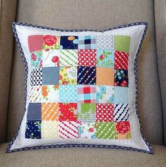 Simple Patchwork Pillows Tutorial