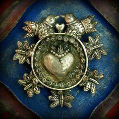 Eternal Love brooch/pendant - Bronze - Lorena Angulo
