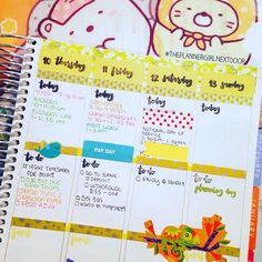 Day 10: My week so far is... Jam-packed! Trying to get ahead of my assignments for class this weekend! #plannerdarlingspotd