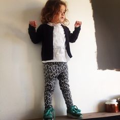 This new legging by Mini's Baby&Child #hmkids #marksandspencer #minisbabyandchild #mom #kidsfashion #stylist