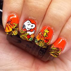 Snoopy and Woodstock thanksgiving nails Holiday Nail Art, Fall Nail Art, Toe Nail Designs, Fall Nail Designs, Thanksgiving Nail Art, Peanuts Thanksgiving, Thanksgiving Ideas, Cute Nails, Pretty Nails