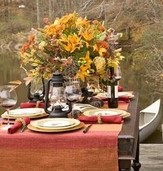Fall Outdoor Dining -- love the setting - foto: Deborah Whitlaw Llewellyn ~~