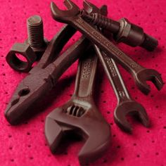 This set of tools, called Automania, is made by Japanese chocolatier, Frantz. It consists of many bolts and nuts, screws, pliers and spanners, is actually made of Belgian couverture chocolate.