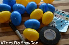 Minions Eggs ~ How to make Minions Eggs for Easter - A Thrifty Mom - Recipes, Crafts, DIY and Minion Birthday, Minion Party, Mom Birthday, 2nd Birthday Parties, Minion Food, Minions, Holiday Crafts, Holiday Fun, Minion Easter Eggs