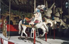 Neverland: partie Le parc d'attractions - On Michael Jackson's footsteps Rancho Neverland, Neverland Ranch, Michael Jackson, Sea Isle City, Carrousel, Valley Ranch, Painted Pony, Merry Go Round, Carousel Horses