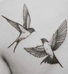 zwaluw tattoo #bestetatoeage #tattoomodellen