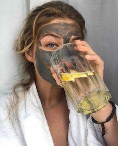 Facemask + lemon water in 2020