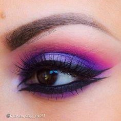 OMG! We love this by @makeupby_ev21 using Motives gel eyeliner in Little Black Dress! #motivescosmetics #makeup #beauty #glam #eyeliner #instabeauty