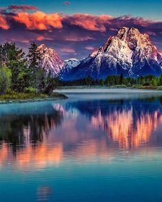 Mount Moran Sunrise [Mount Moran is a mountain in Grand Teton National Park of western Wyoming, USA. The mountain is named for Thomas Moran, an American western frontier landscape artist.] sunset scene, pink and purple clouds Grand Teton National Park, National Parks, Pretty Pictures, Cool Photos, Amazing Photos, Beautiful World, Beautiful Places, Beautiful Sky, Jolie Photo