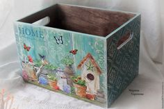 Wooden Crates, Wooden Art, Wooden Boxes, Flower Box Gift, Flower Boxes, Diy And Crafts, Arts And Crafts, Decoupage Box, Altered Boxes