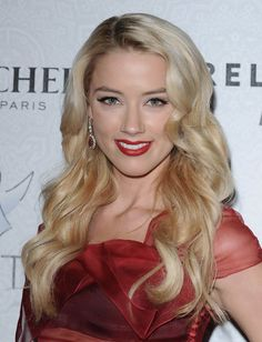 Amber Heard ...Attractive Hairstyles... She played the lead and title character in All the Boys Love Mandy Lane, which debuted at the Toronto International Film Festival in 2006.