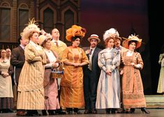 Lyric's 2009 production of THE MUSIC MAN, photo by Wendy Mutz