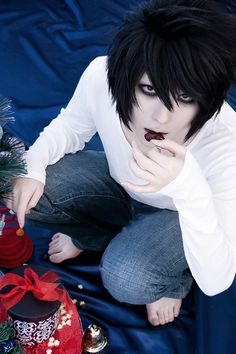 L(DEATH NOTE) | kuryu - WorldCosplay <~~ One of these days I could just scroll past a L cosplay. But today is not that day.