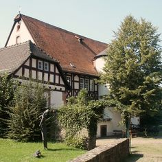 Brothers Grimm Jacob and Wilhelm Grimm lived in this house in Steinau from 1791 to 1796 Die Brüder Grimm, Brothers Grimm Fairy Tales, Places Ive Been, Places To Visit, Chateau Medieval, Central Europe, Germany Travel, Cottage Style, Houses