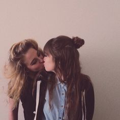 Pinterest~@PrincessM✨ Chloe and Cili