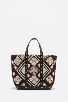 Discover the Vanessa Bruno official online store and shop our latest Clothing, Bags, Cabas tote Bags, Shoes, Jewellery and others accessories collections for Women. Vanessa Bruno, Other Accessories, Tote Bag, Collection, Wallets, Jewelry, Women, Fall Winter 2015, Bag