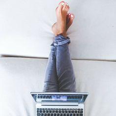 Η πολύωρη ορθοστασία ή η καθιστική ζωή αποτελούν σημαντικούς παράγοντες για να δημιουργηθούν ευρυαγγειες στα πόδια σας.