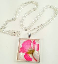 Pink Pressed Real Flower Glass Pendant Necklace/Pressed Flower