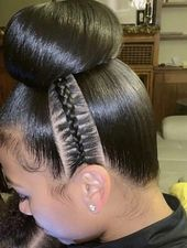 These shoulder length short girl hairstyles really are fab! These shoulder length short girl hairstyles really are fab! These shoulder length short girl hairstyles really are fab! Baddie Hairstyles, Ponytail Hairstyles, Girl Hairstyles, Hairstyles Videos, Hairstyles 2018, Teenage Hairstyles, Black Hairstyles, Natural Hair Updo