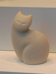 Porcelain cat | par RenaKC