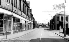 Photo of Widnes, Lugsdale Road from Francis Frith Time Travel, Street View