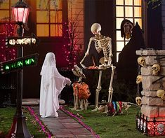 Cool 45 Genius Halloween Outdoor Lighting Ideas To Copy This Year.