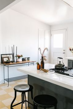 How To Decorate Like A Design Pro  #refinery29  http://www.refinery29.com/bernal-heights-san-francisco-apartment-home-tour#slide-12