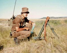 Baby 63 mm mortar -biggest could be carried by ground forces South African Air Force, Mein Land, Army Day, Brothers In Arms, Defence Force, Military Photos, Korean War, Borneo, Vietnam War