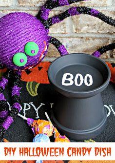 Easy DIY Halloween Candy Dish #SmokehouseBBQ (sponsored)