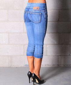 Light Wash Michelle Capri Jeans - Women #zulily #zulilyfinds
