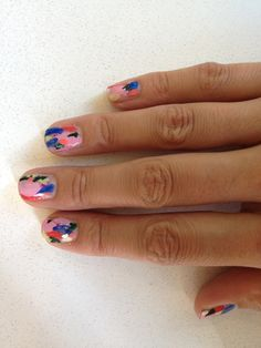 i want finger nails painted by hillery