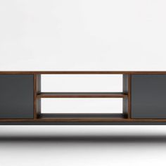 Une des 120 versions dispo du meuble Malthus -> noyer + gris anthracite One of the 120 available options for the Malthus TV Stand -> walnut + charcoal grey #degaspe #buylocal #furniture #furnituredesign #madeinmontreal | de gaspe