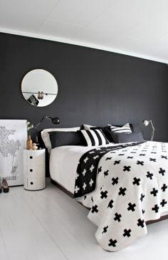 Stylish black accent walls bedrooms ideas 19