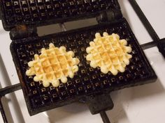 Waffle Iron, Coffee Recipes, Biscotti, Coffee Cups, Waffles, Sweets, Make It Yourself, Breakfast, Desserts