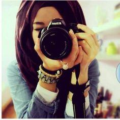 hijabi photographer!!