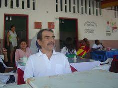 Edgar en la plaza de Aipe en las fiestas del SanPedro