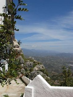 """Comares, beautiful """"Moorish"""" village in the Axarquia...  http://www.andalusie-zeezicht.nl/andalusie/la-axarquia"""