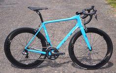 parlee-altum-r-road-bike-eurobike01.jpg 900×566 pixels