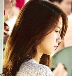 Gif Image] Beautiful & Sad Yoona in Love Rain   yoontaeyeon