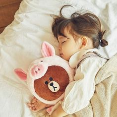 Asian Children Photography Sisters Ideas For 2019 Cute Little Baby Girl, Cute Baby Girl Pictures, Baby Kind, Little Babies, Cute Asian Babies, Korean Babies, Asian Kids, Cute Babies, Asian Child